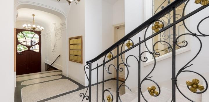 Luxusní byt na Praze 2 - 90m