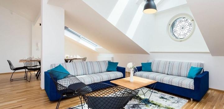 Luxusní podkrovní byt na Novém Městě 247m