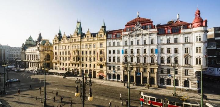 Obchodní prostory k pronájmu, Praha 1 - 459m2