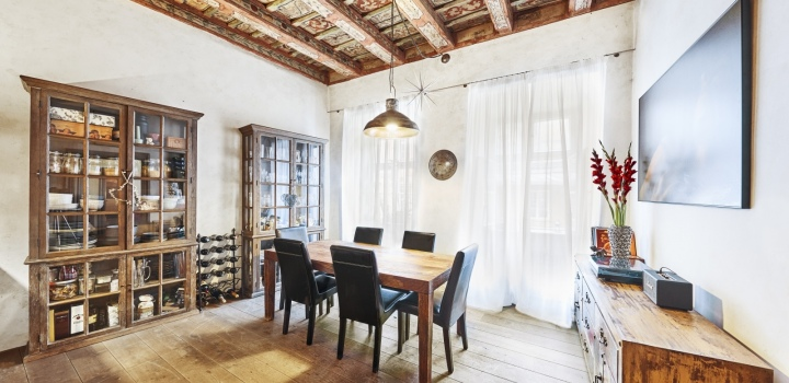 Byt na prodej v historickém paláci - Praha 1