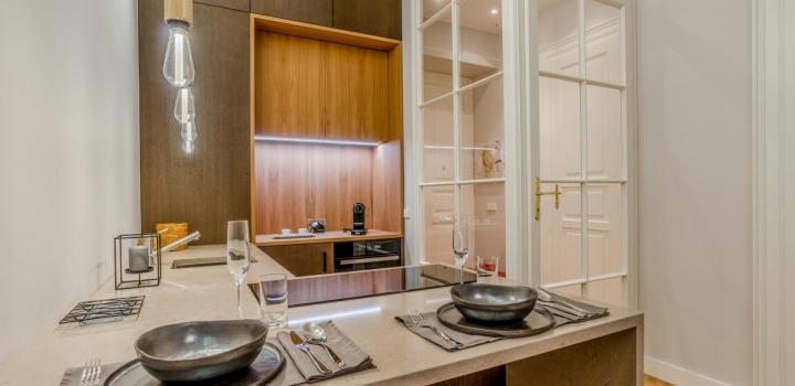 Luxusní byt s balkonem na pronájem Praha 1