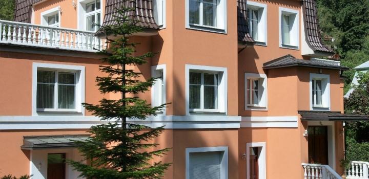 Luxusní vila na prodej s pozemkem na Praze