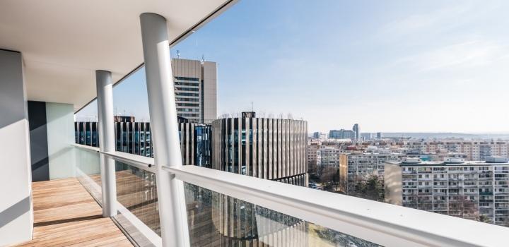 Pronájem luxusního bytu s terasami Praha