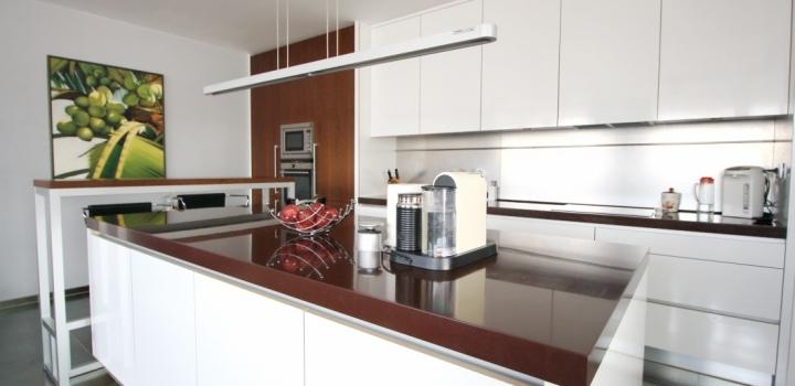 Luxusní byt s výhledem na Prahu