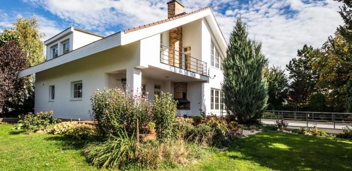 Vila k pronájmu Průhonice - 991m