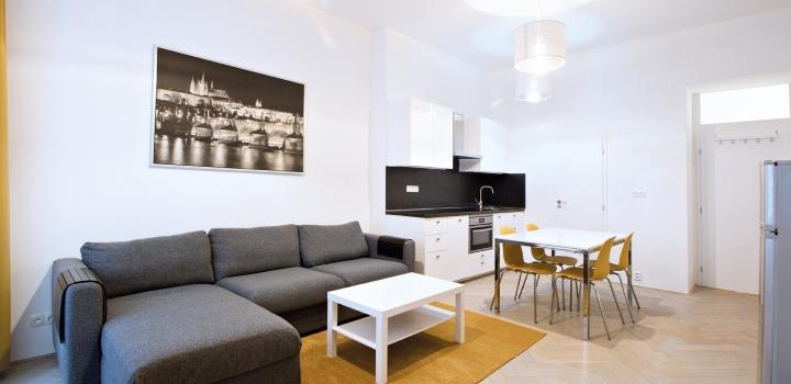 Luxusní byt na pronájem Malá Strana 50m