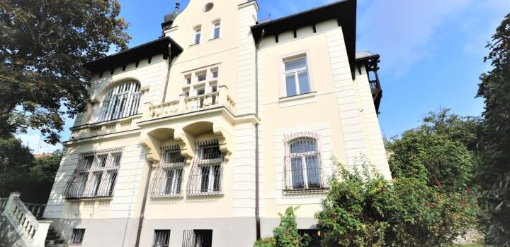 Luxusní prvorepubliková vila na prodej v Praze
