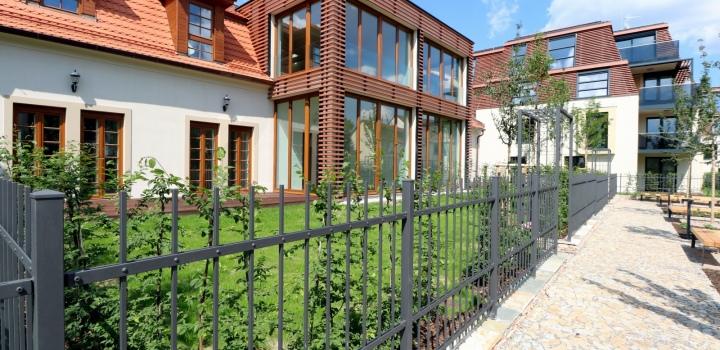 Luxusní byt se zahradou na Praze 8 - 339m