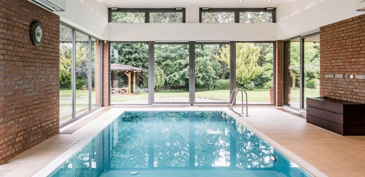 Luxusní vila s bazénem na prodej - Praha západ
