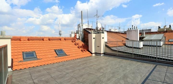 Luxusní byt s terasou na pronájem - Praha