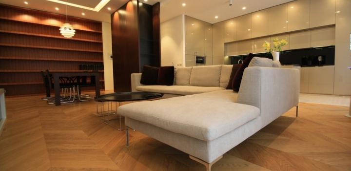 Luxusní byt s balkonem 159m
