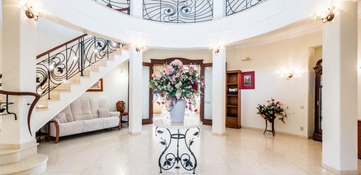 Luxusní vila na prodej - Praha - Západ - 750m
