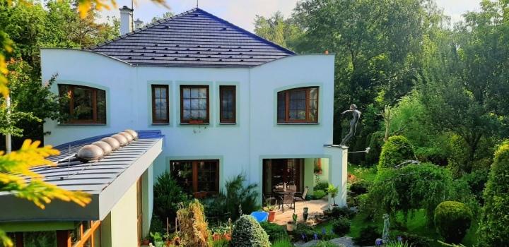 Vila na prodej s luxusním pozemkem v Praze