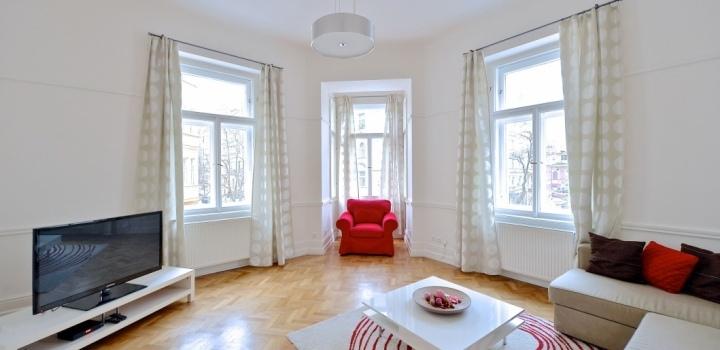 Luxusní byt k pronájmu Praha 2 - 103m