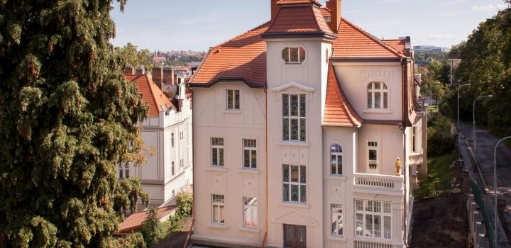 Luxusní vila na prodej na Praze 5 - 996m