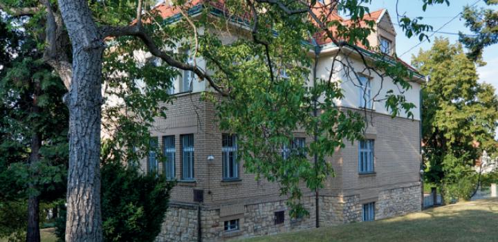 Vila na prodej Střešovice 441m