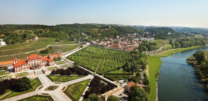 Luxusní byt se zahradou na Praze 6 - 113m