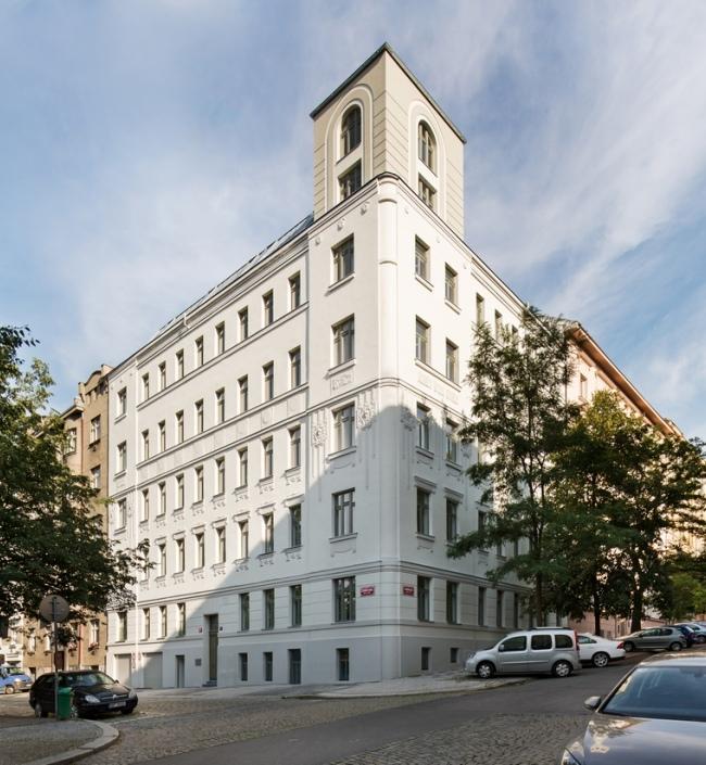 Luxury apartment Vinohrady 75 0