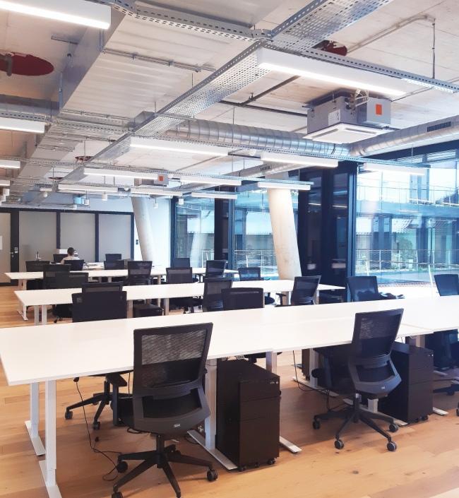 Pronájem coworking a servisované kanceláře, Nové Město - 55 míst 1