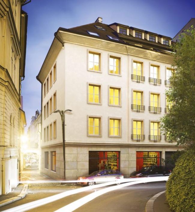 Luxusní obchodní prostor k pronájmu, Staré Město -169 m2 0