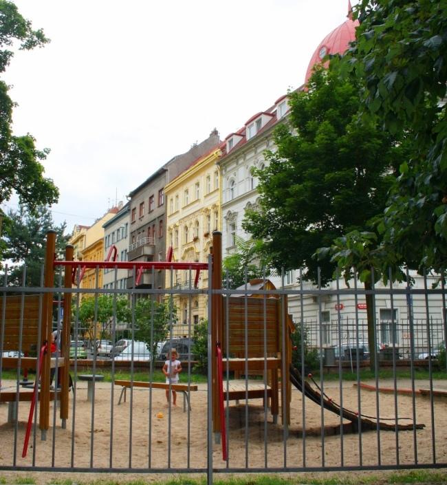 Byt Bubeneč Šmeralova 157m 1