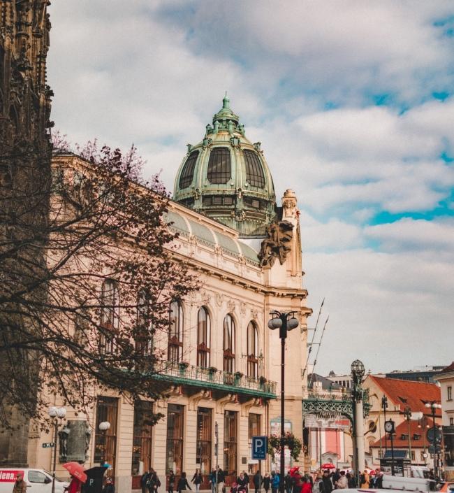 Obchodní prostory k pronájmu, Praha 1 - 459m2 0