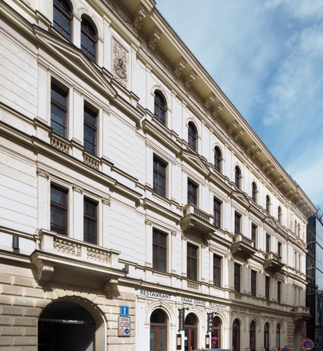 Obchodní prostor k pronájmu, Praha 1 - 132m2 0