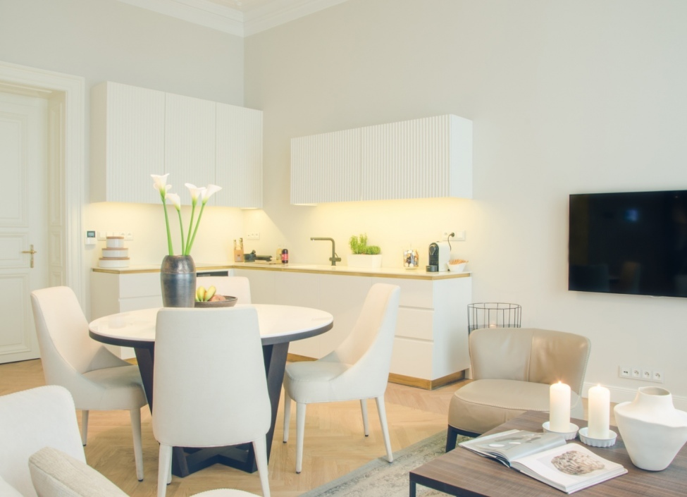 Luxury apartment Old Town 98m 1