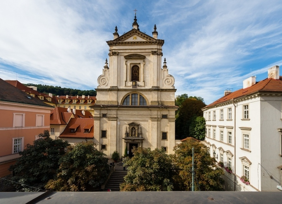 Luxusní byt na pronájem Praha 1 - Malá Strana 239m 1