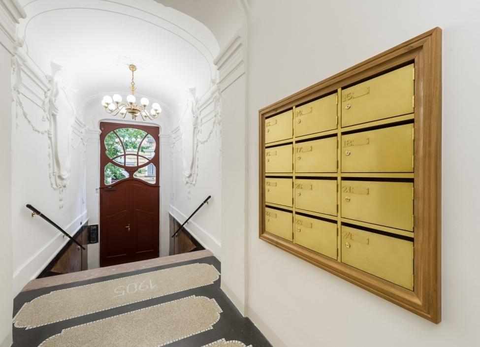 Luxusní byt na Praze 2 0