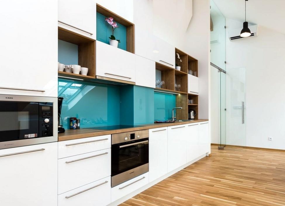 Luxusní podkrovní byt na Novém Městě 247m 1