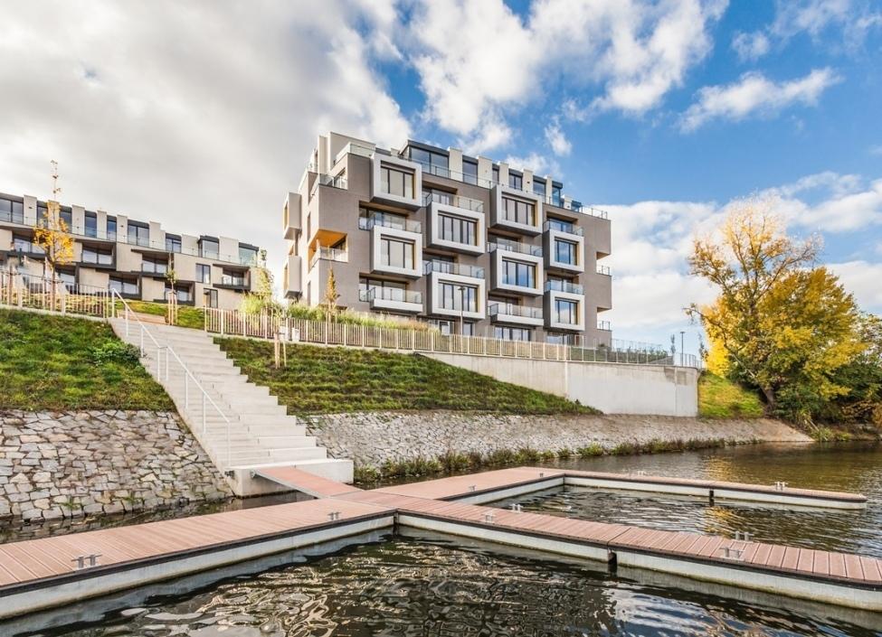 Luxusní byt Praha 8 - 140m 0