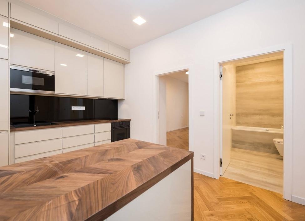 Luxusní byt na Praze 2 - 90m 1