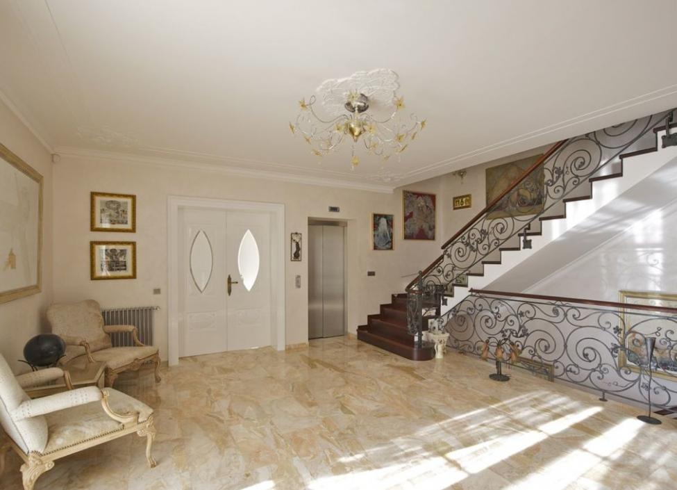 Luxusní vila ve Střešovicích 2134m 1