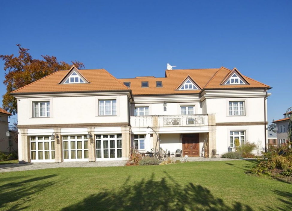 Luxury villa for sale in Střešovice 2134m 1
