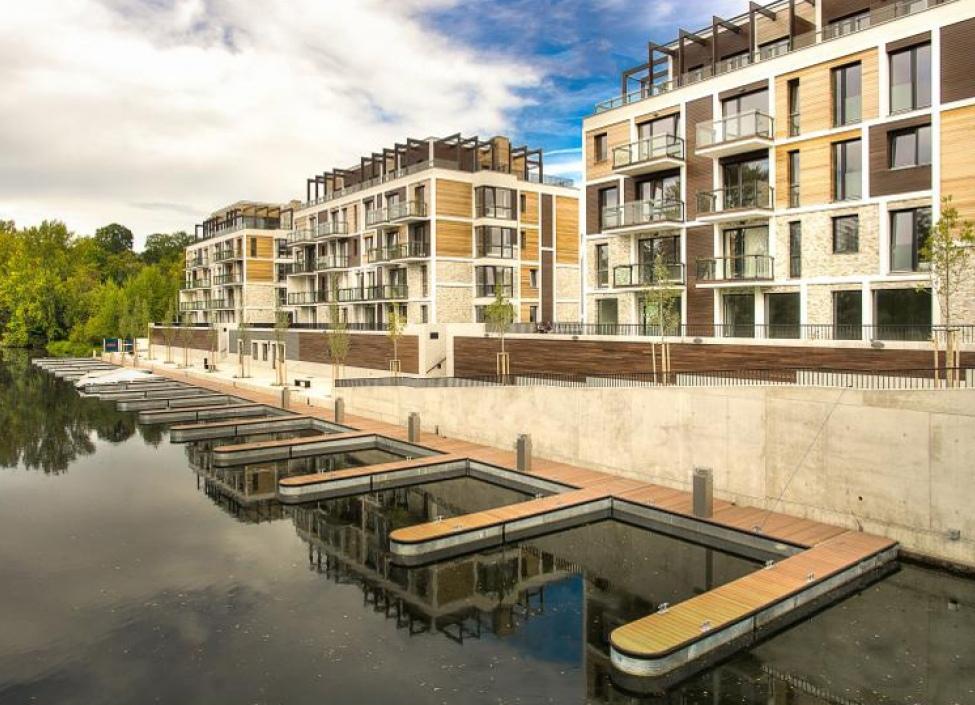 Luxusní byt u Vltavy s balkonem 121m 0