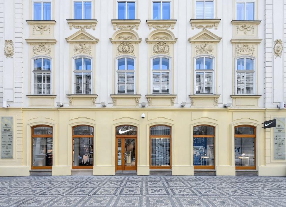 Obchodni prostor k pronájmu v centru Prahy - 96m 1
