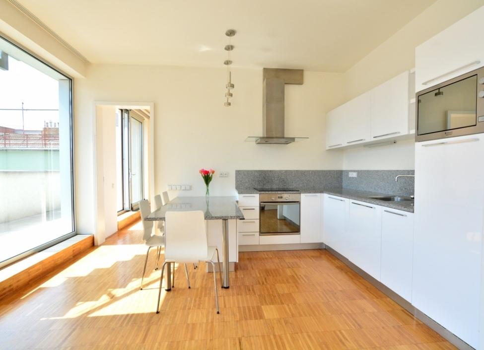 Byt na prodej Praha 3 - 205m 1