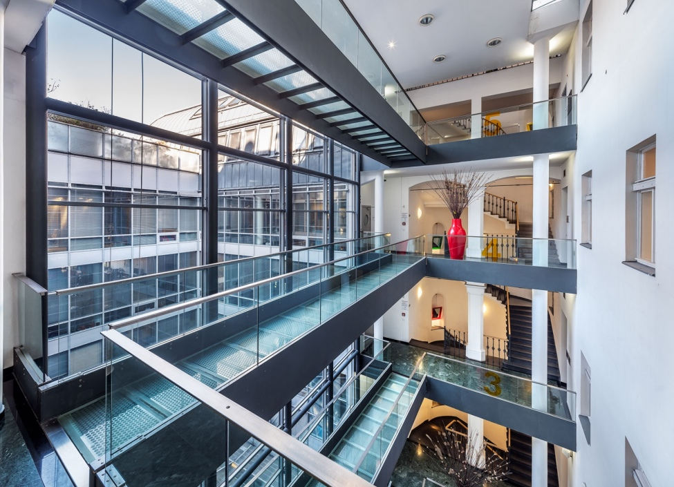Kancelářské prostory k pronájmu, Praha 1 - 1500m2 1
