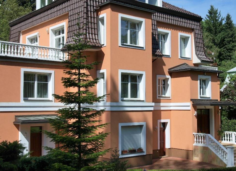 Luxusní vila na prodej s pozemkem na Praze 5-576m 0