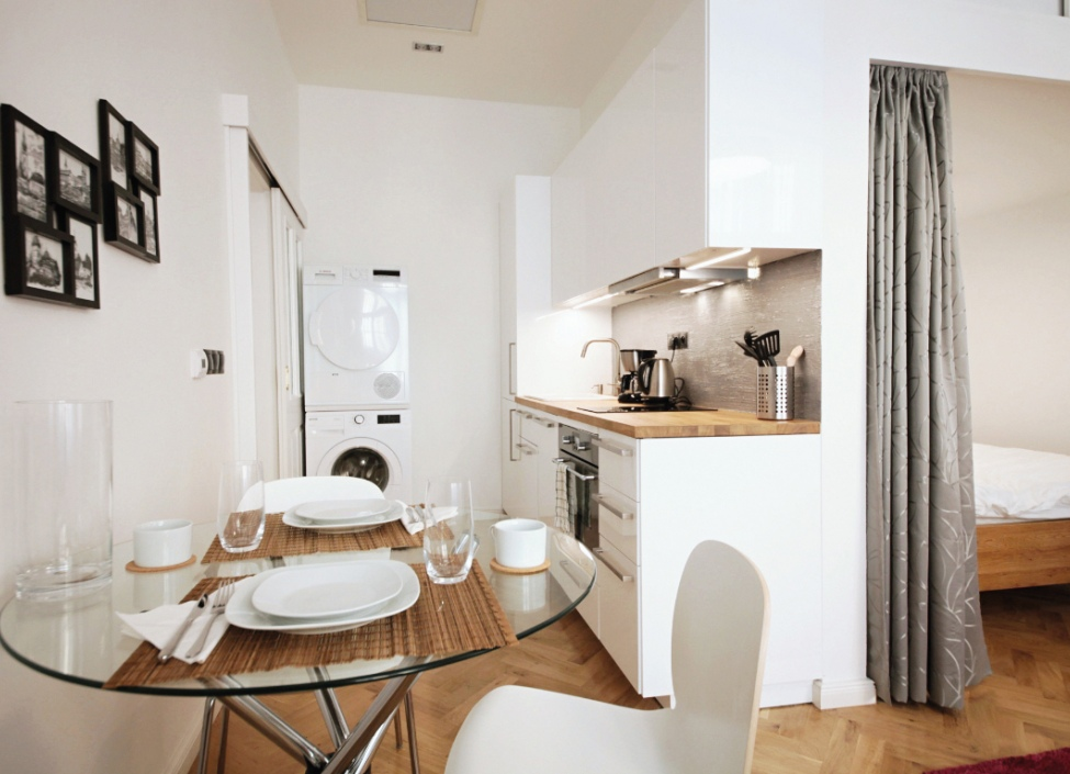 Prodej luxusního atypického bytu na Praze 1 - 80m 0