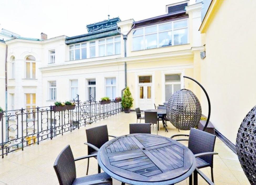 Luxusní kanceláře na pronájem, Praha 1 - 175m2 0