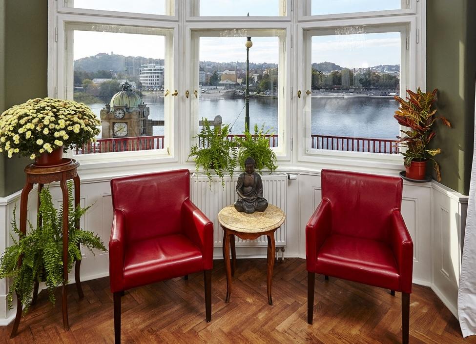 Pronájem luxusního bytu s výhledem na nábřeží 1 0