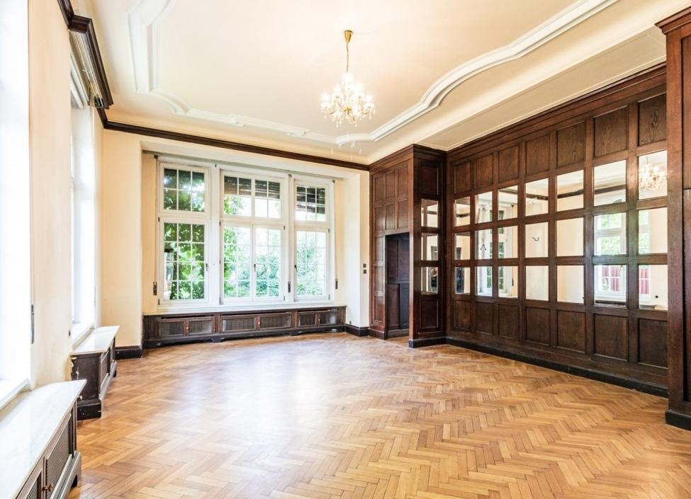 Luxusní vila na prodej 620 m2 - Praha 6 1