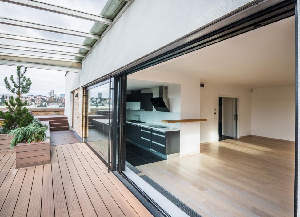 Luxusní penthouse se saunou a vířivkou na prodej Praha 4 0