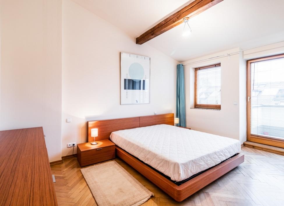 Mezonetový byt na pronájem na Vinohradech 144m 1