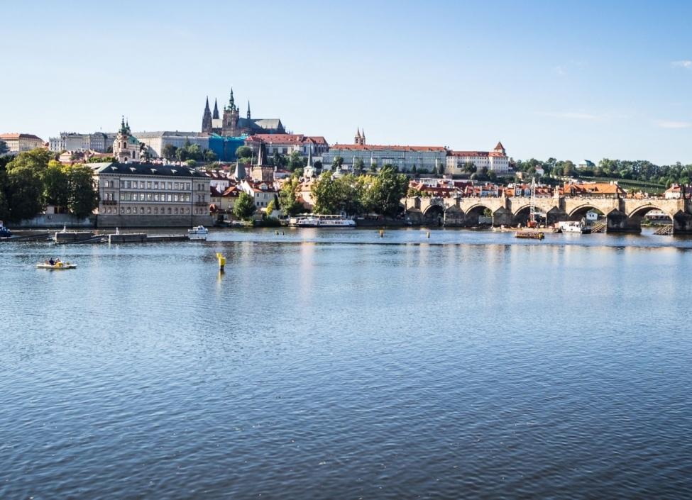 Luxusní byt s výhledem na hrad Smetanovo nábřeží Praha 1 - 106m 0