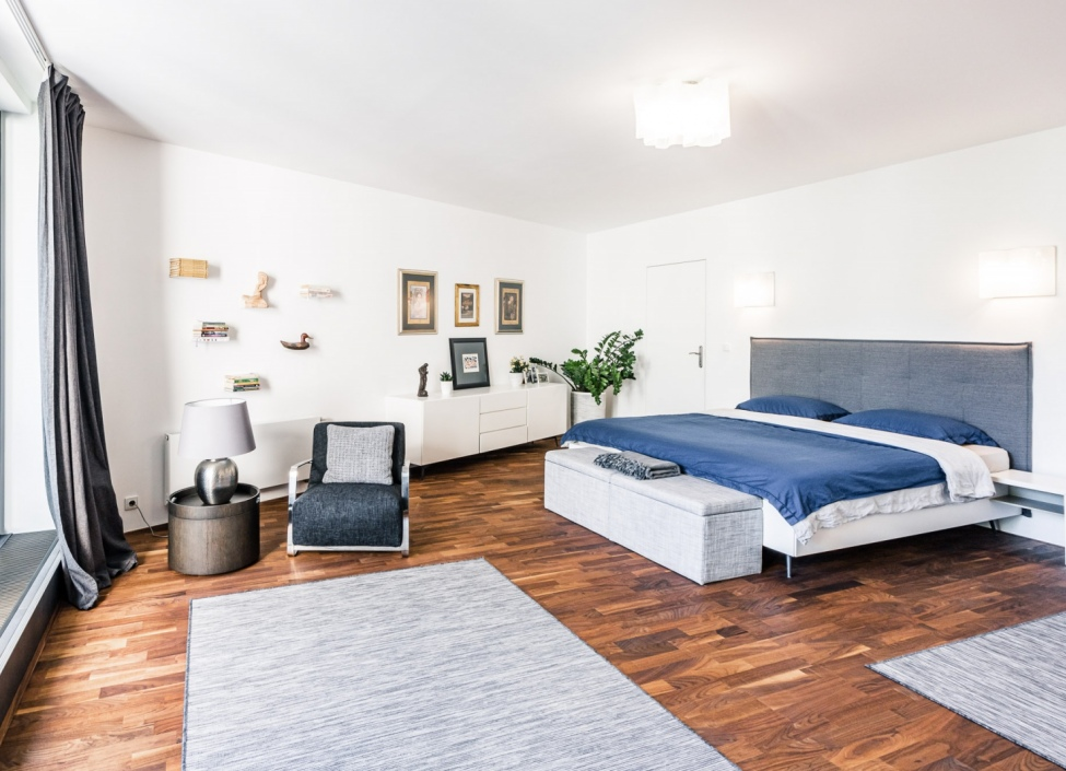 Luxusní penthouse na pronájem na Vinohradech - 343m 1