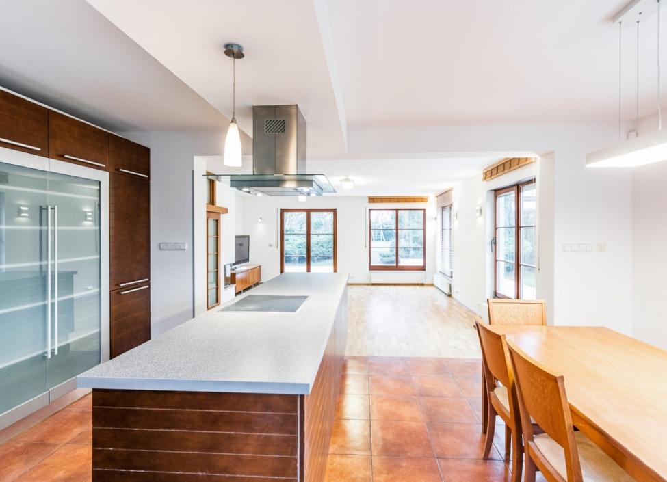 Prodej rodinného domu Jesenice-Osnice - 317m 1