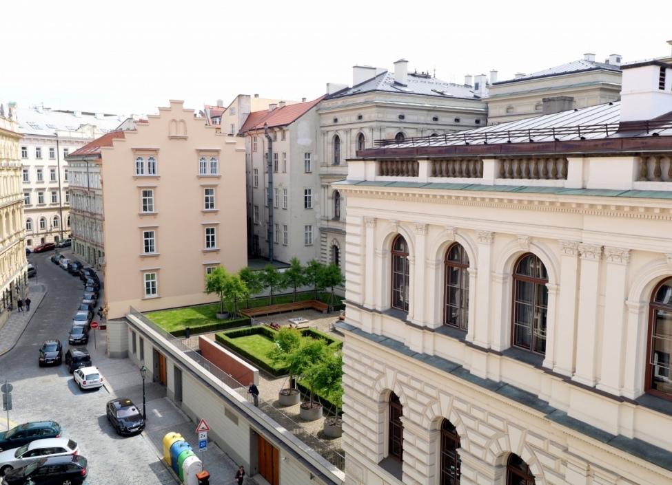 Byt Smetanovo nábřeží 191m 0